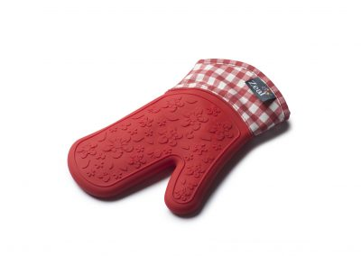 Steam Stop™ Waterproof Gingham Oven Gloves